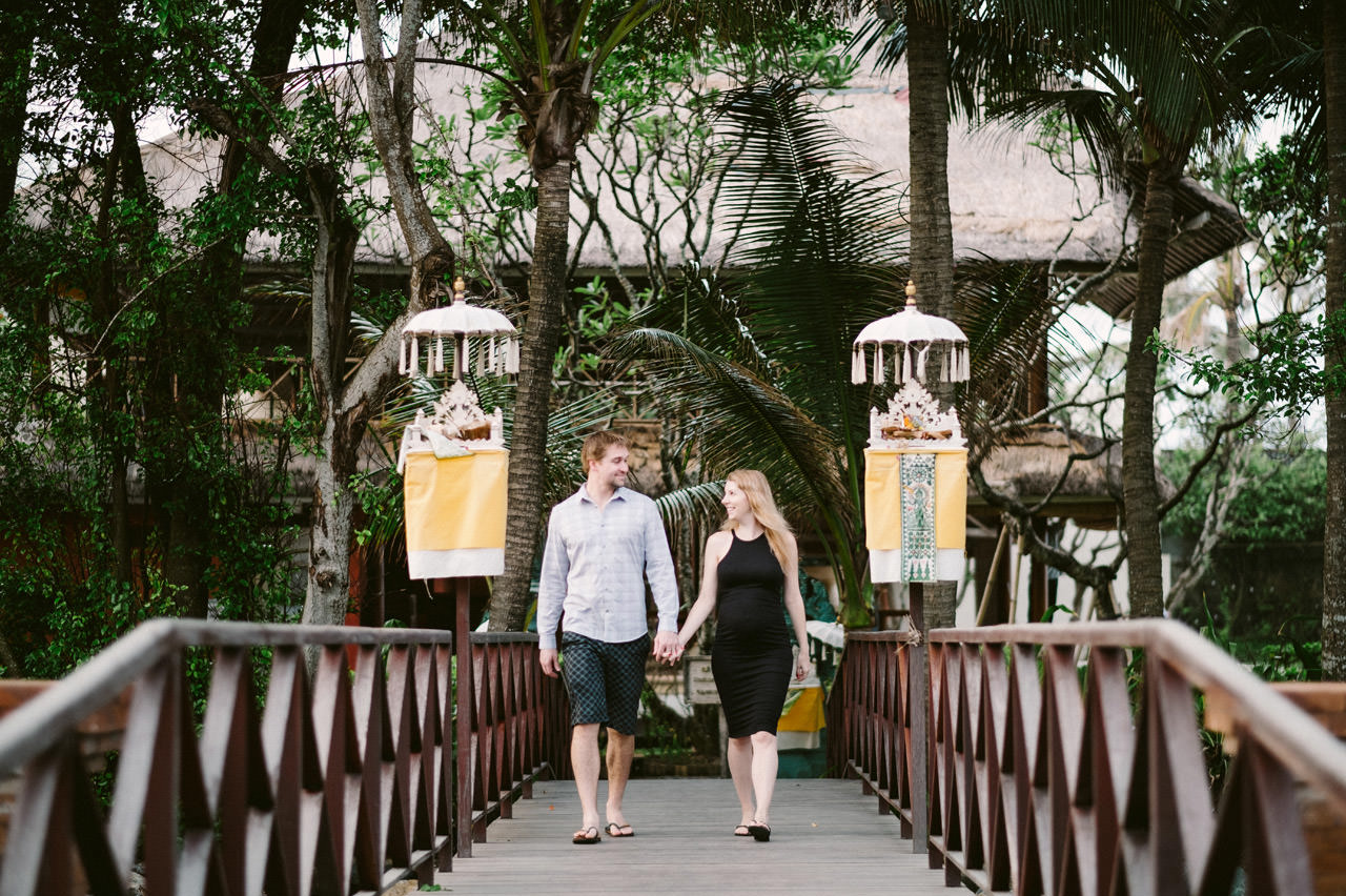 Aaron & Kaylea: Bali Maternity Photo Session 1
