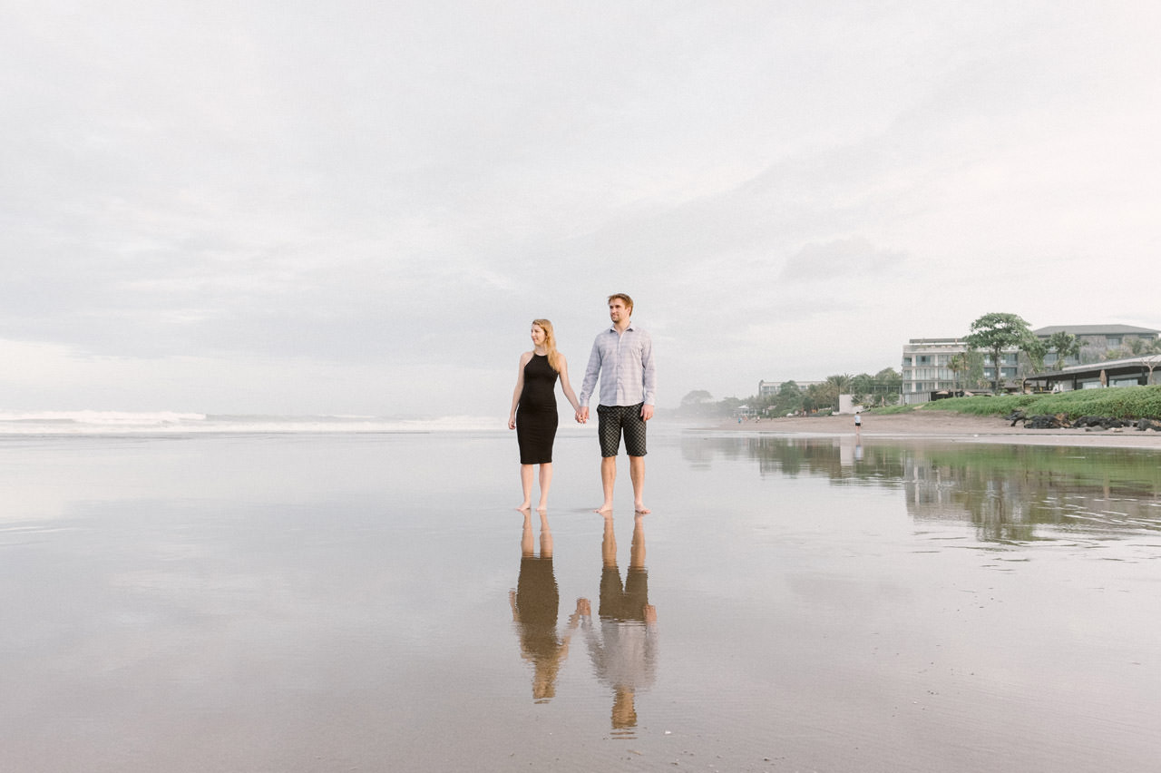 Aaron & Kaylea: Bali Maternity Photo Session 7