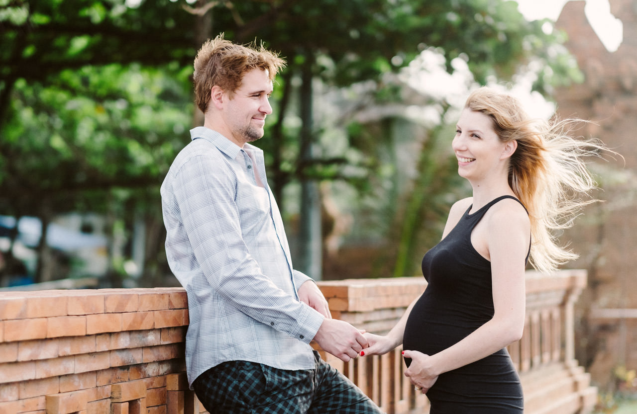 Aaron & Kaylea: Bali Maternity Photo Session 21