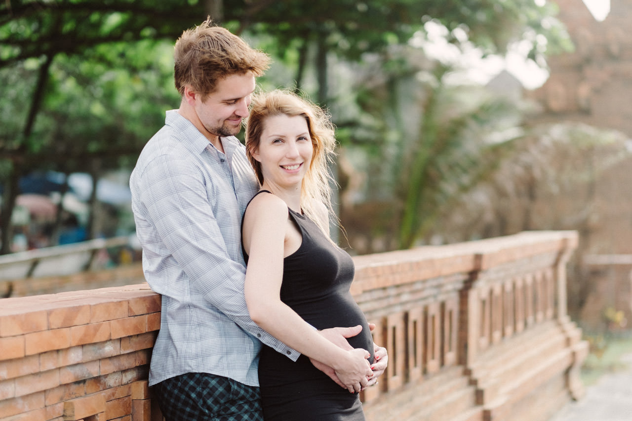Aaron & Kaylea: Bali Maternity Photo Session 22