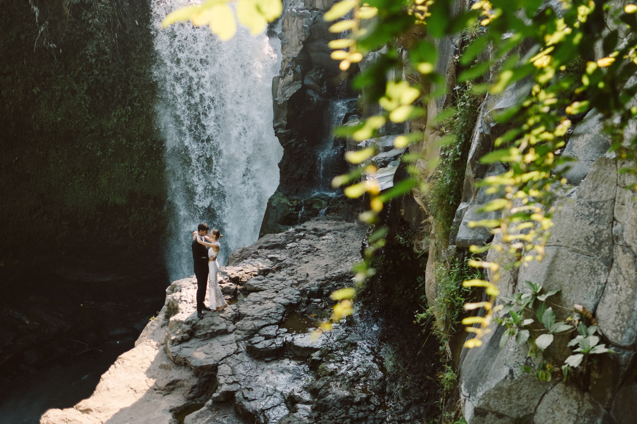 Anya & Denis: Honeymoon Photography in Ubud Bali 10