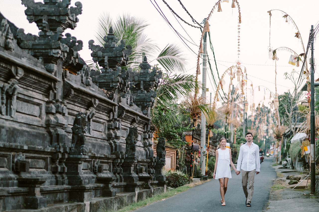 Anya & Denis: Honeymoon Photography in Ubud Bali 18