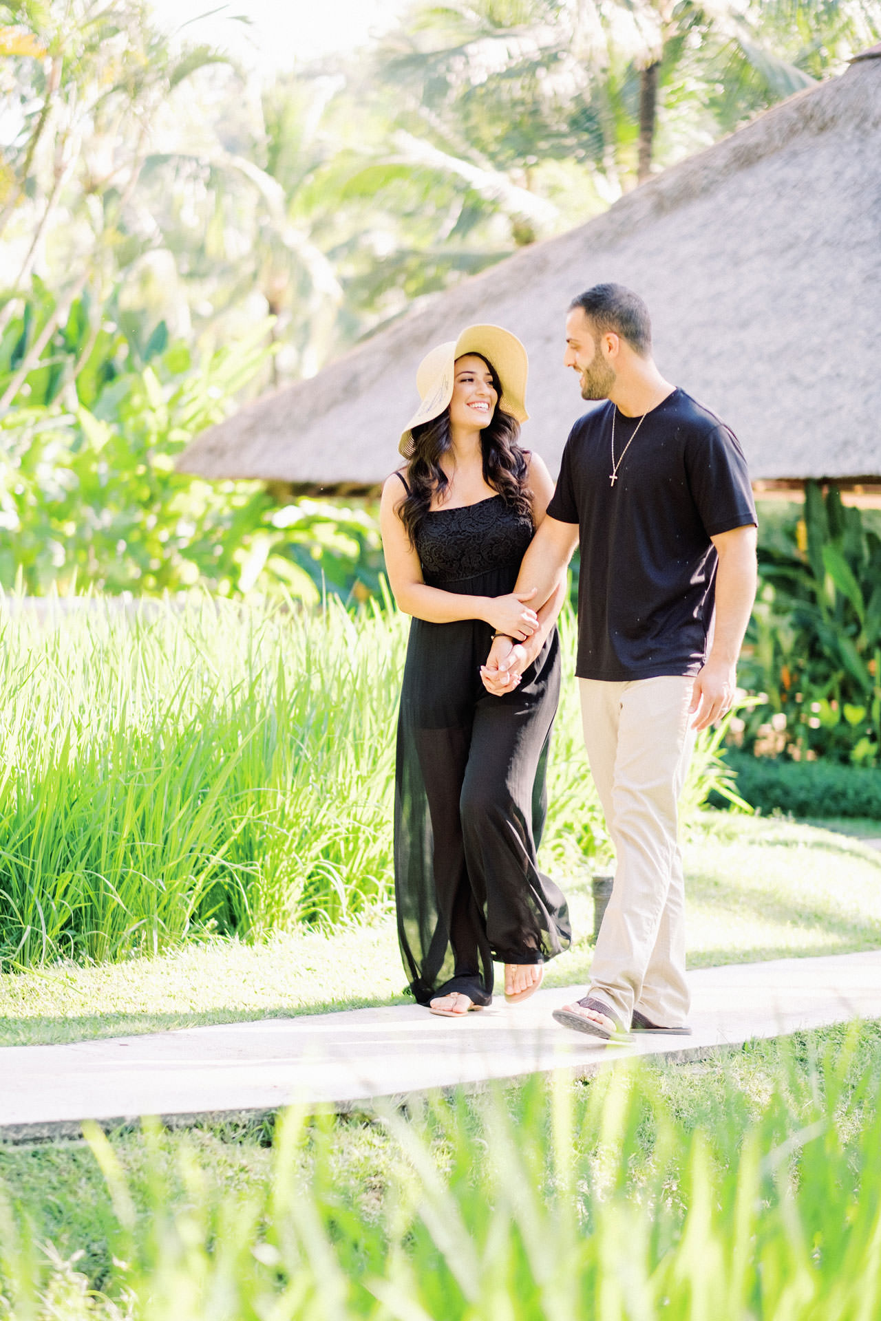 Honeymoon Photo Session at The World's Best Resort 1
