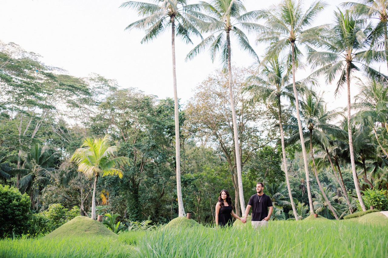 Honeymoon Photo Session at The World's Best Resort 4