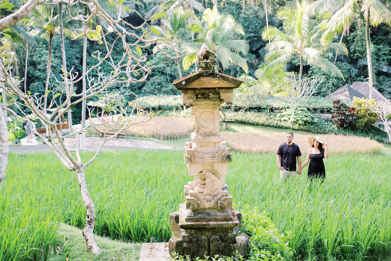 Honeymoon Photo Session at The World's Best Resort 6