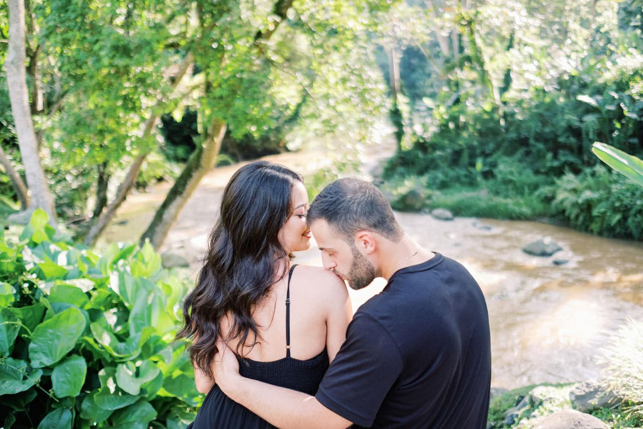 Honeymoon Photo Session at The World's Best Resort 9
