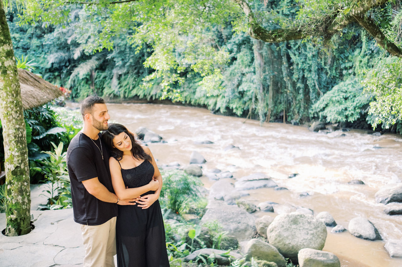 Honeymoon Photo Session at The World's Best Resort 12