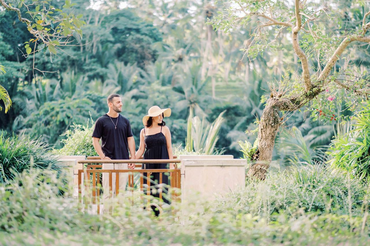 Honeymoon Photo Session at The World's Best Resort 16