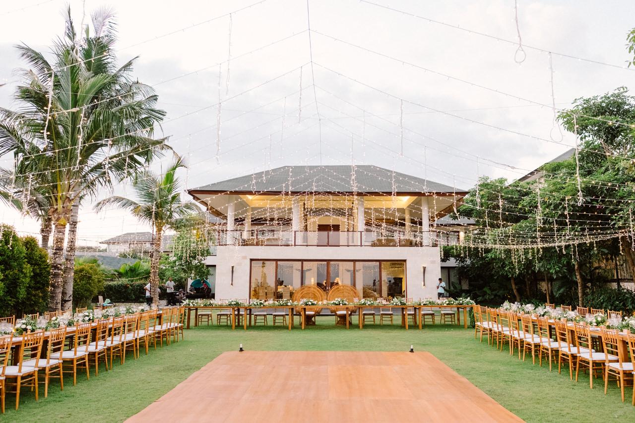 A&J: A Dramatic Bali Cliff Top Wedding Photography 26
