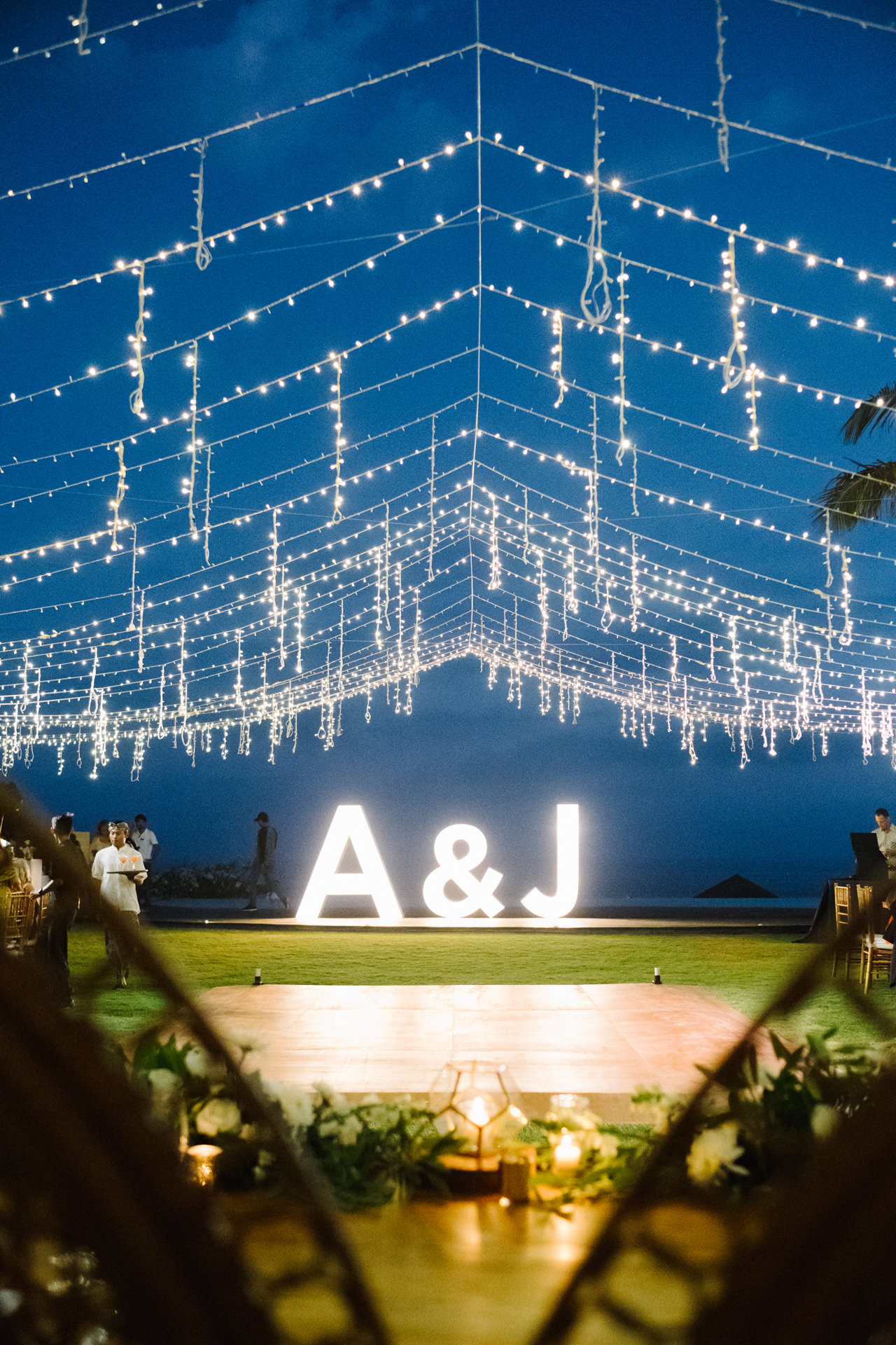 A&J: A Dramatic Bali Cliff Top Wedding Photography 27