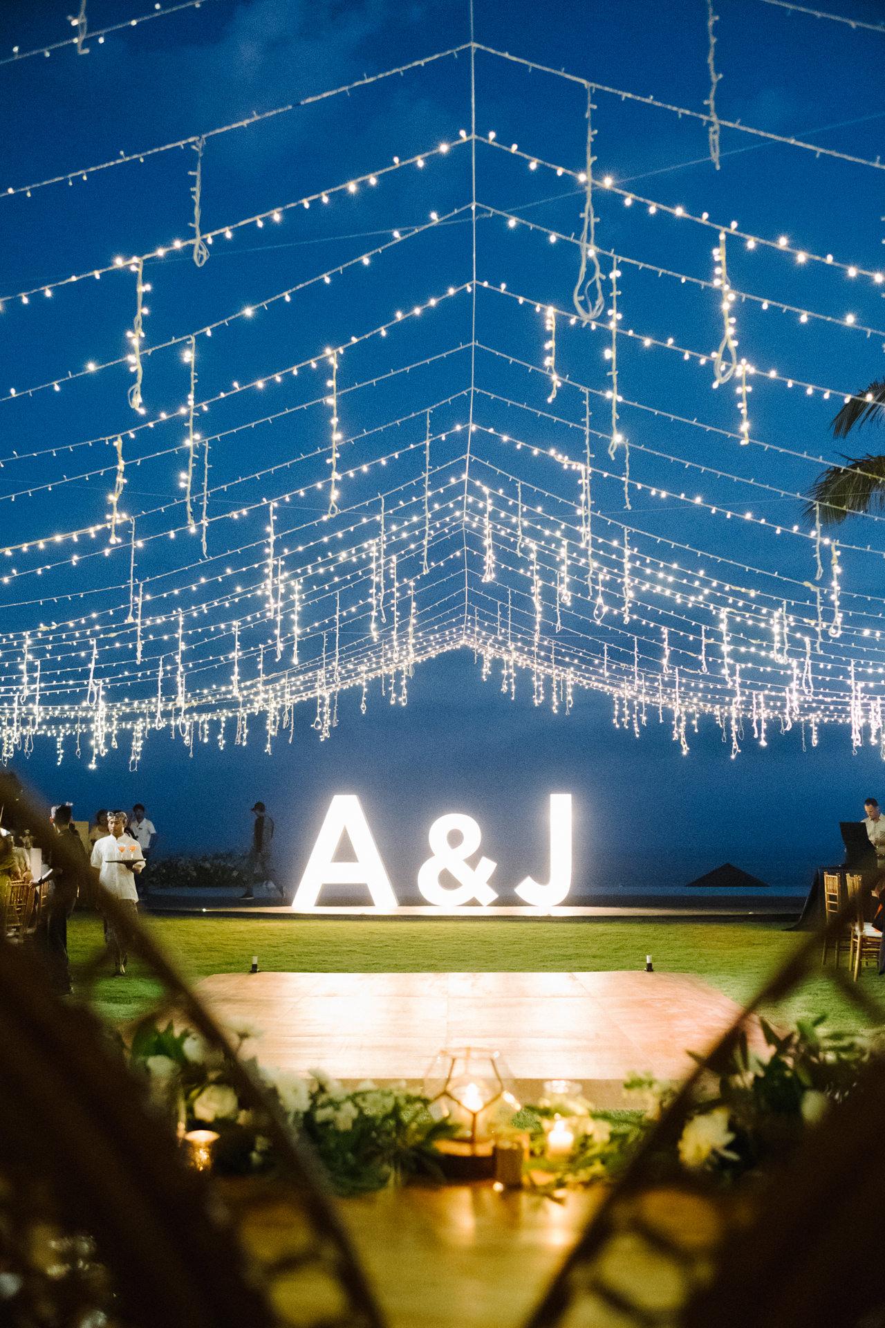 A&J: A Dramatic Bali Cliff Top Wedding Photography 27