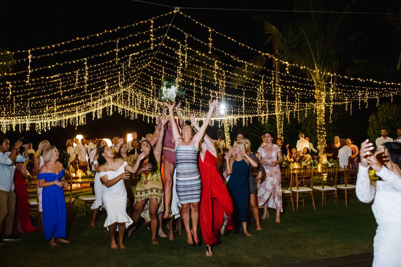 A&J: A Dramatic Bali Cliff Top Wedding Photography 34