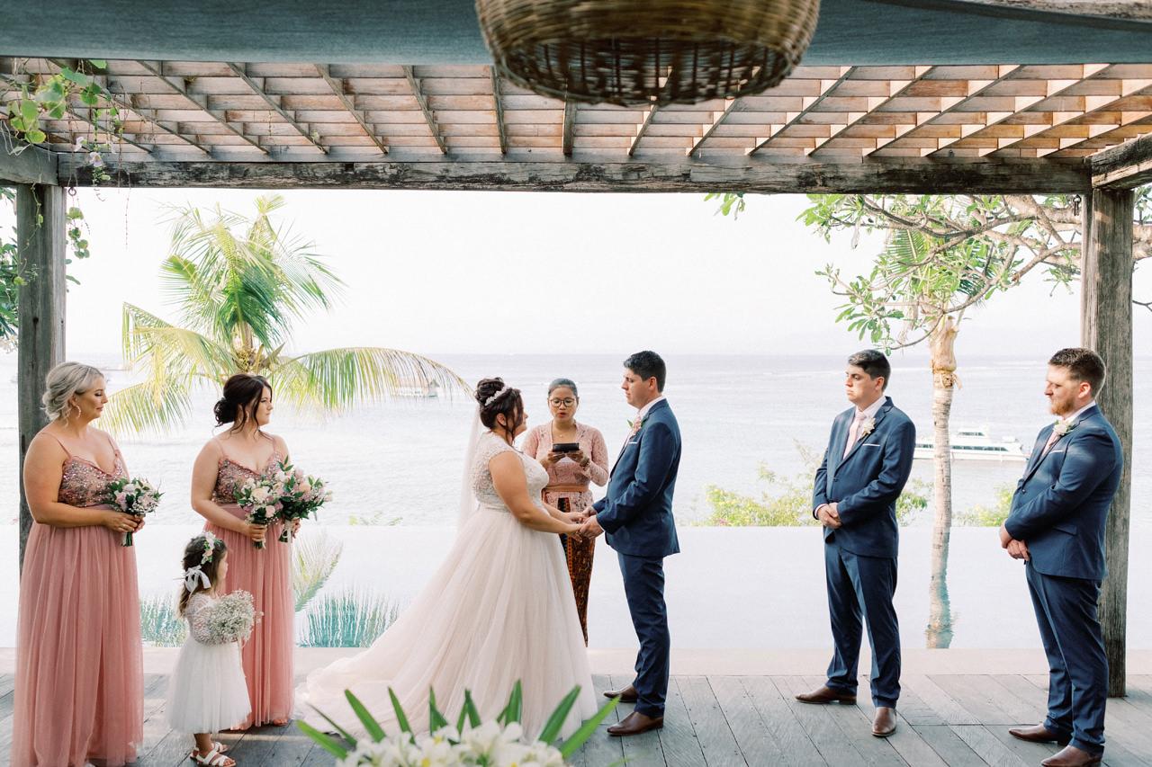A&J: Opera Villa Nusa Lembongan Wedding 22