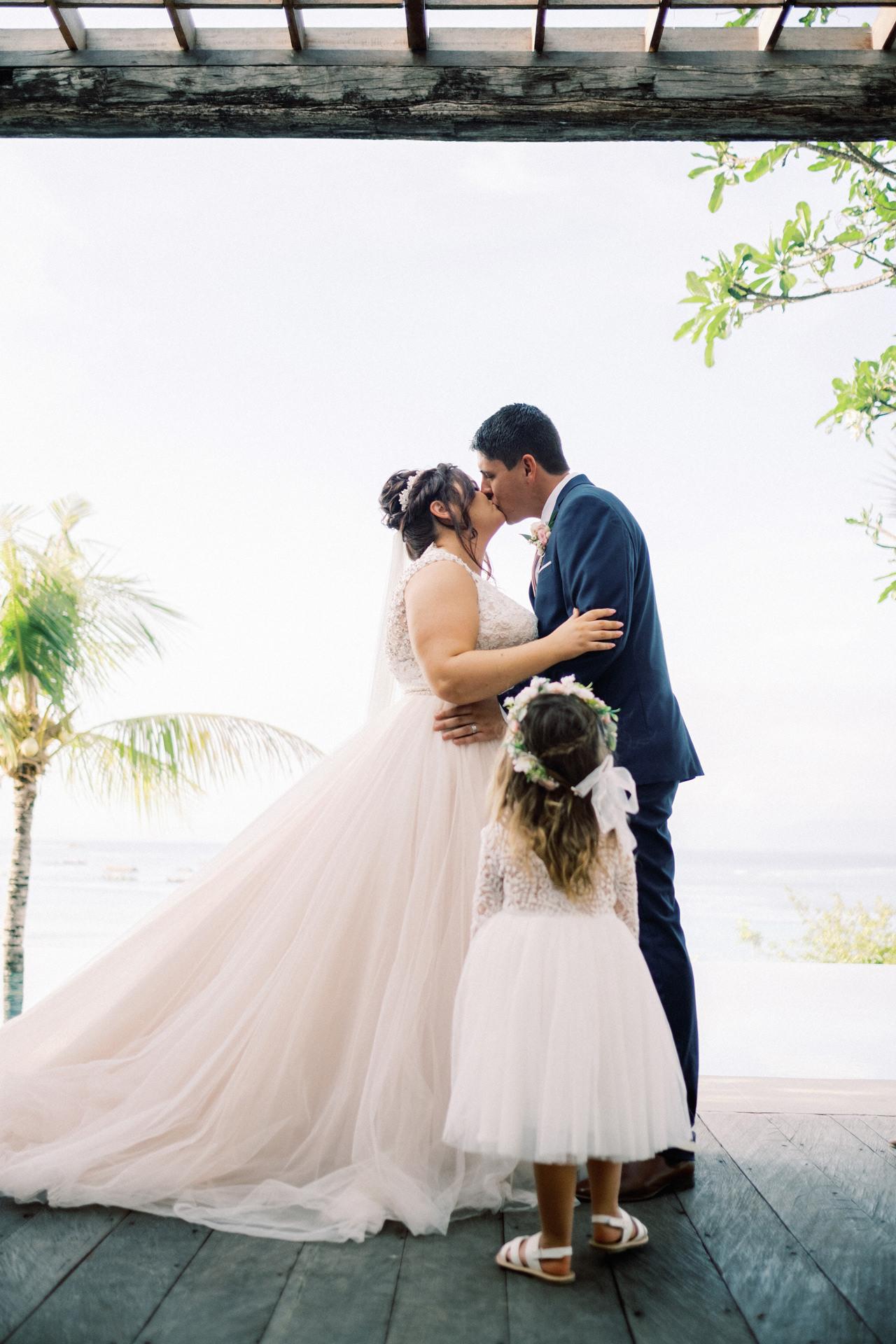 A&J: Opera Villa Nusa Lembongan Wedding 24