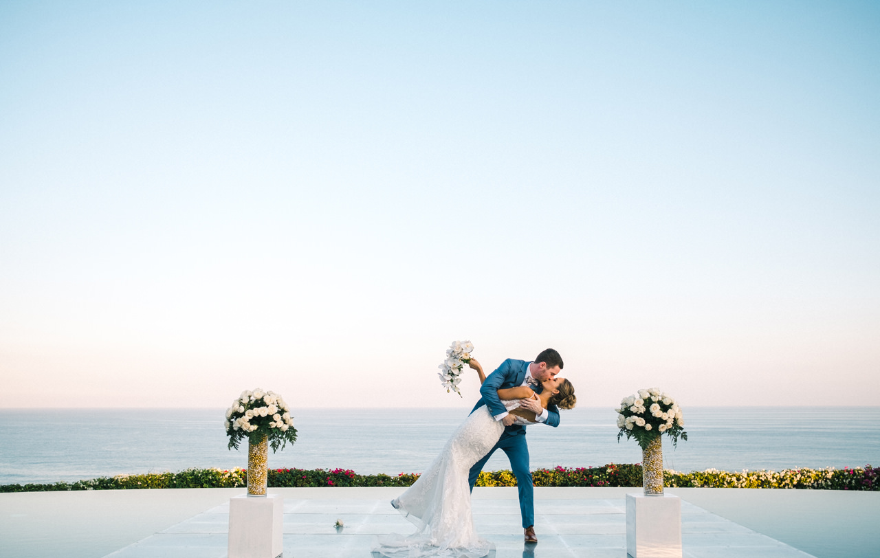 A&K: Elegant Ocean View Bali Wedding Photography 32