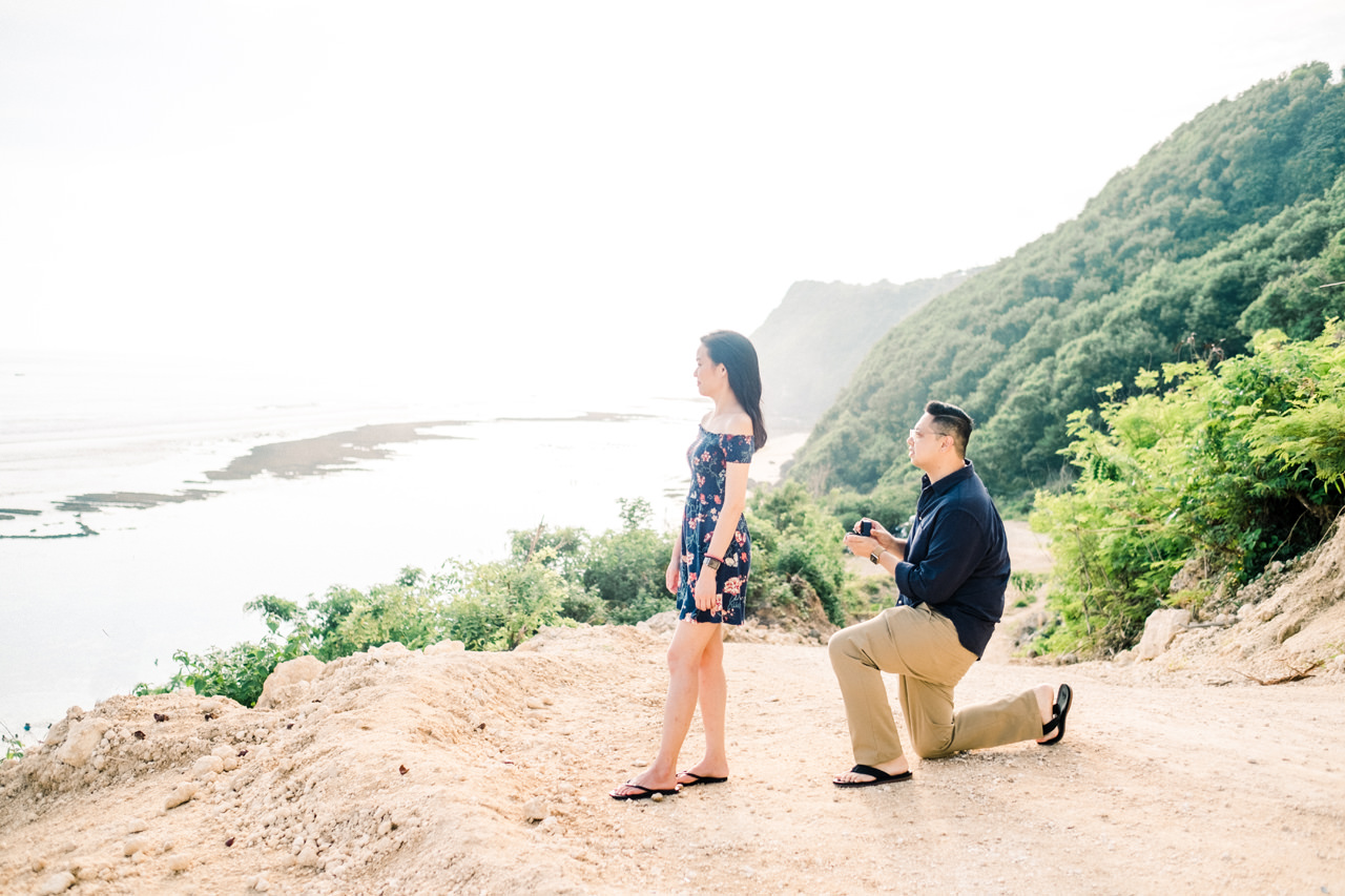 A&M: Cliffside and Amazing View Bali Surprise Proposal 3