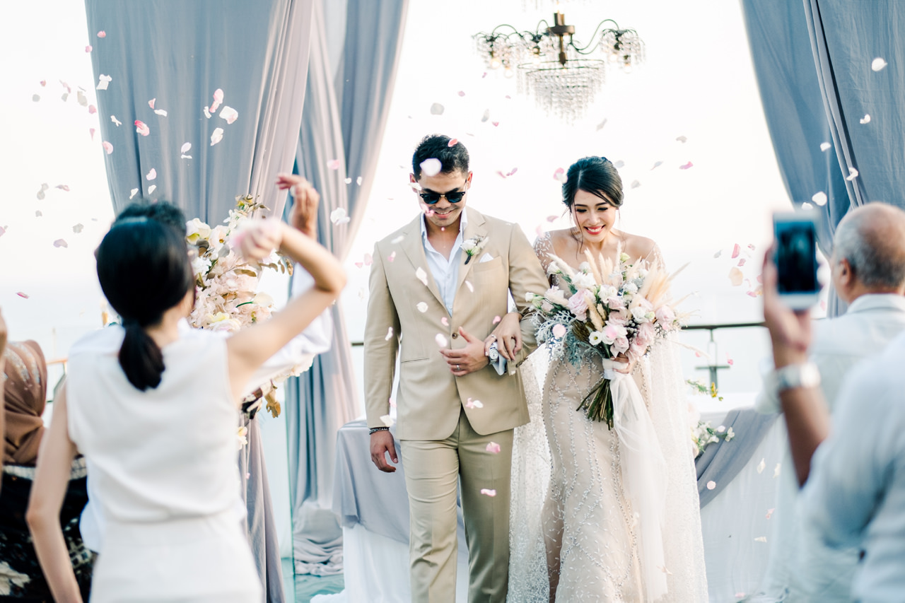 Bali Wedding of Ana Octarina and Adie Baron 35