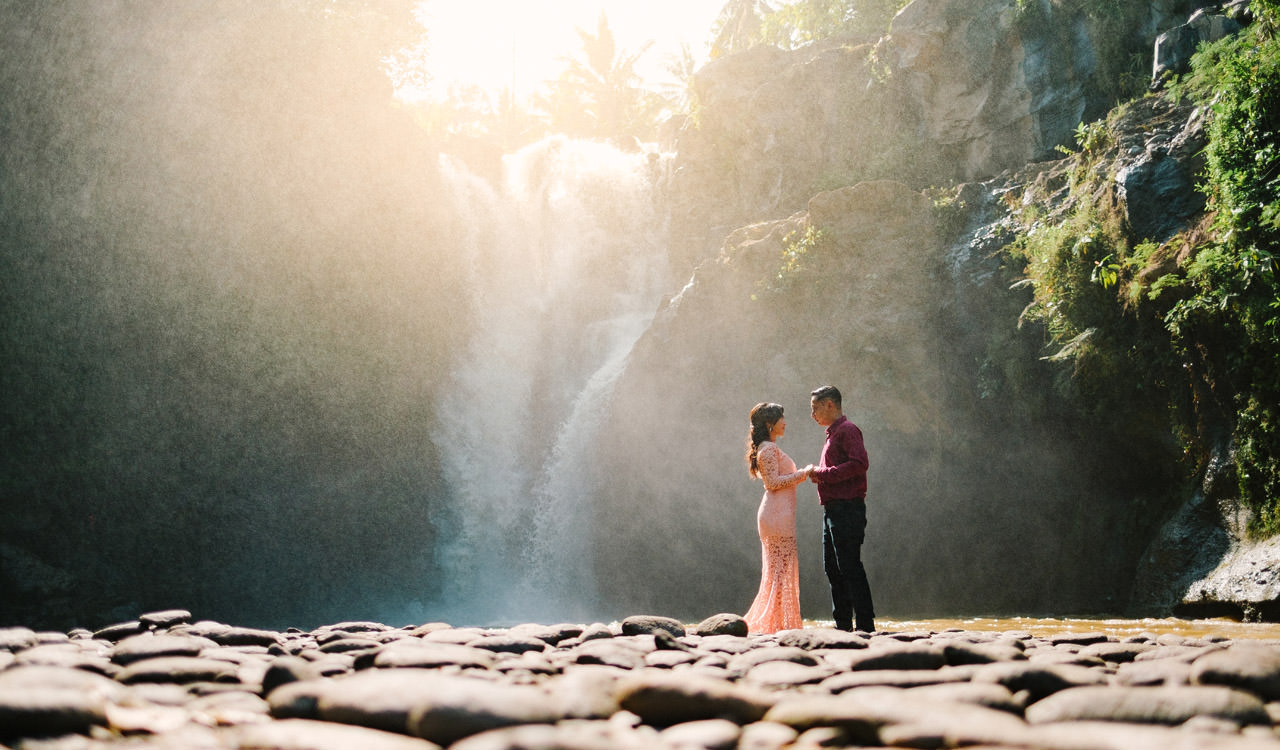 Adjus& Pande: Sunrise Photography Session at Tegenungan Waterfall 30