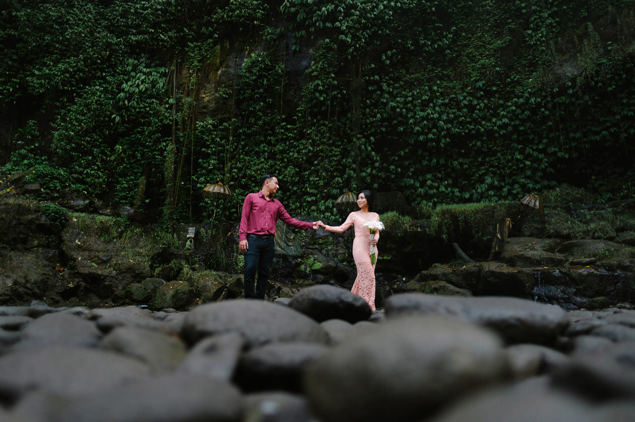 Adjus& Pande: Sunrise Photography Session at Tegenungan Waterfall 34
