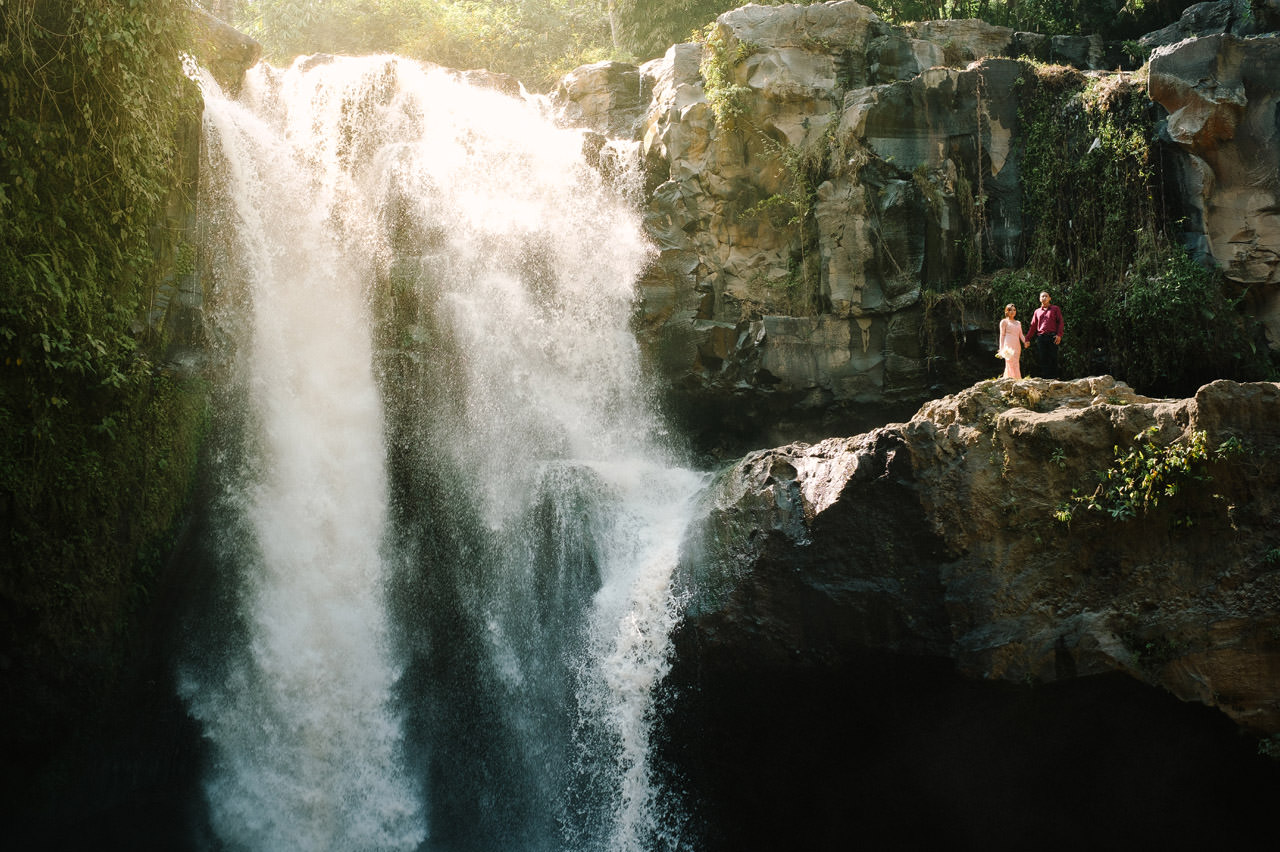 Adjus& Pande: Sunrise Photography Session at Tegenungan Waterfall 35