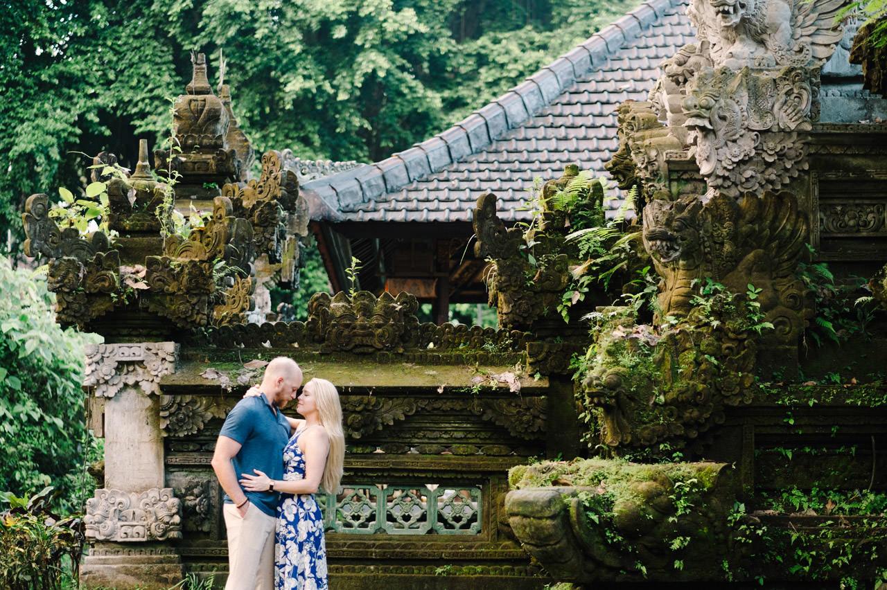 Amy & Rory: Honeymoon Photography at Campuhan Ridge Walk 9