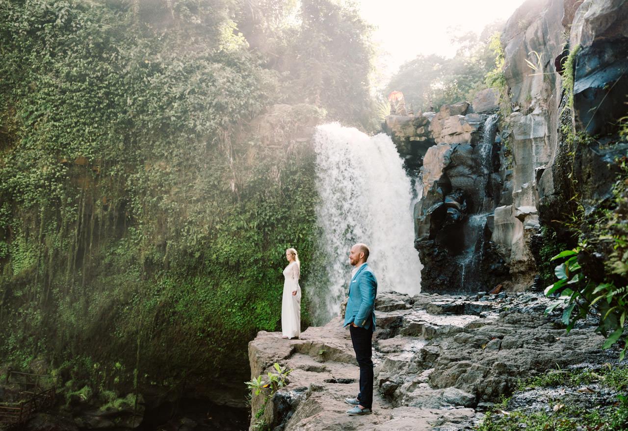 Amy & Rory: Honeymoon Photography at Campuhan Ridge Walk 19