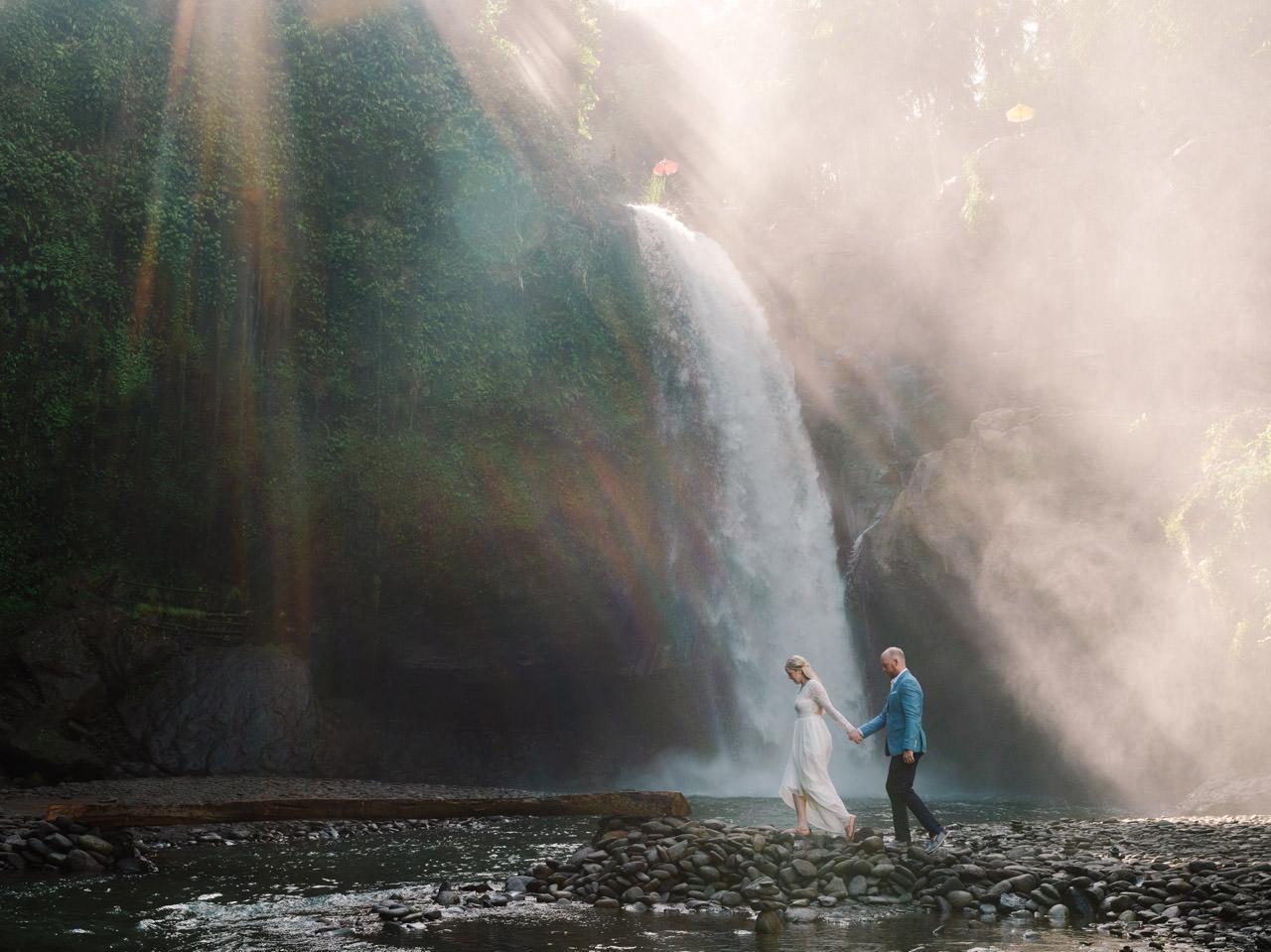 Amy & Rory: Honeymoon Photography at Campuhan Ridge Walk 21