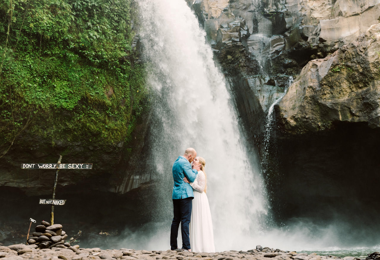 Amy & Rory: Honeymoon Photography at Campuhan Ridge Walk 26