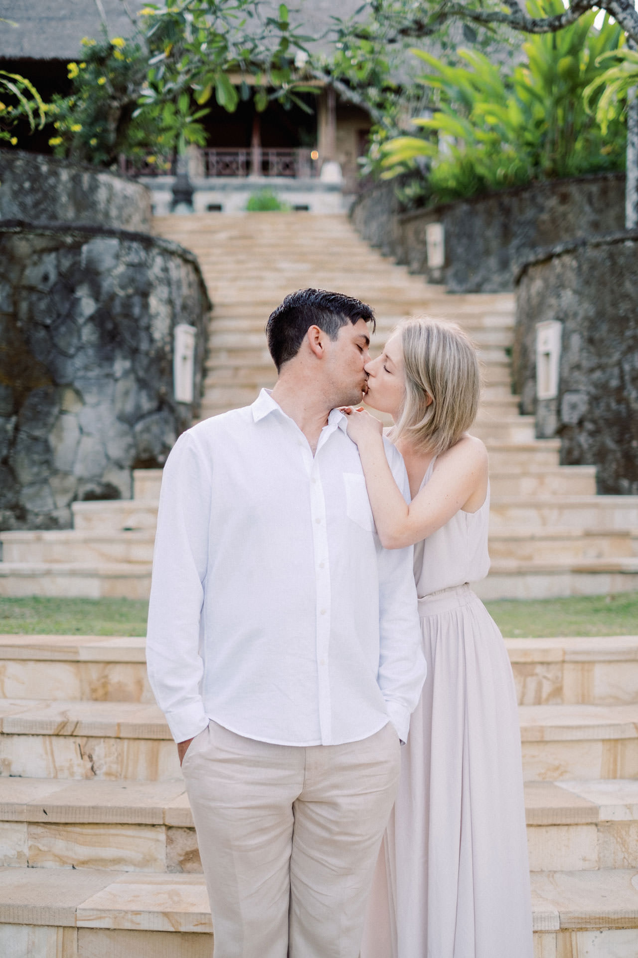 A&R: Dreamy Ubud Resort Honeymoon Photoshoot 13