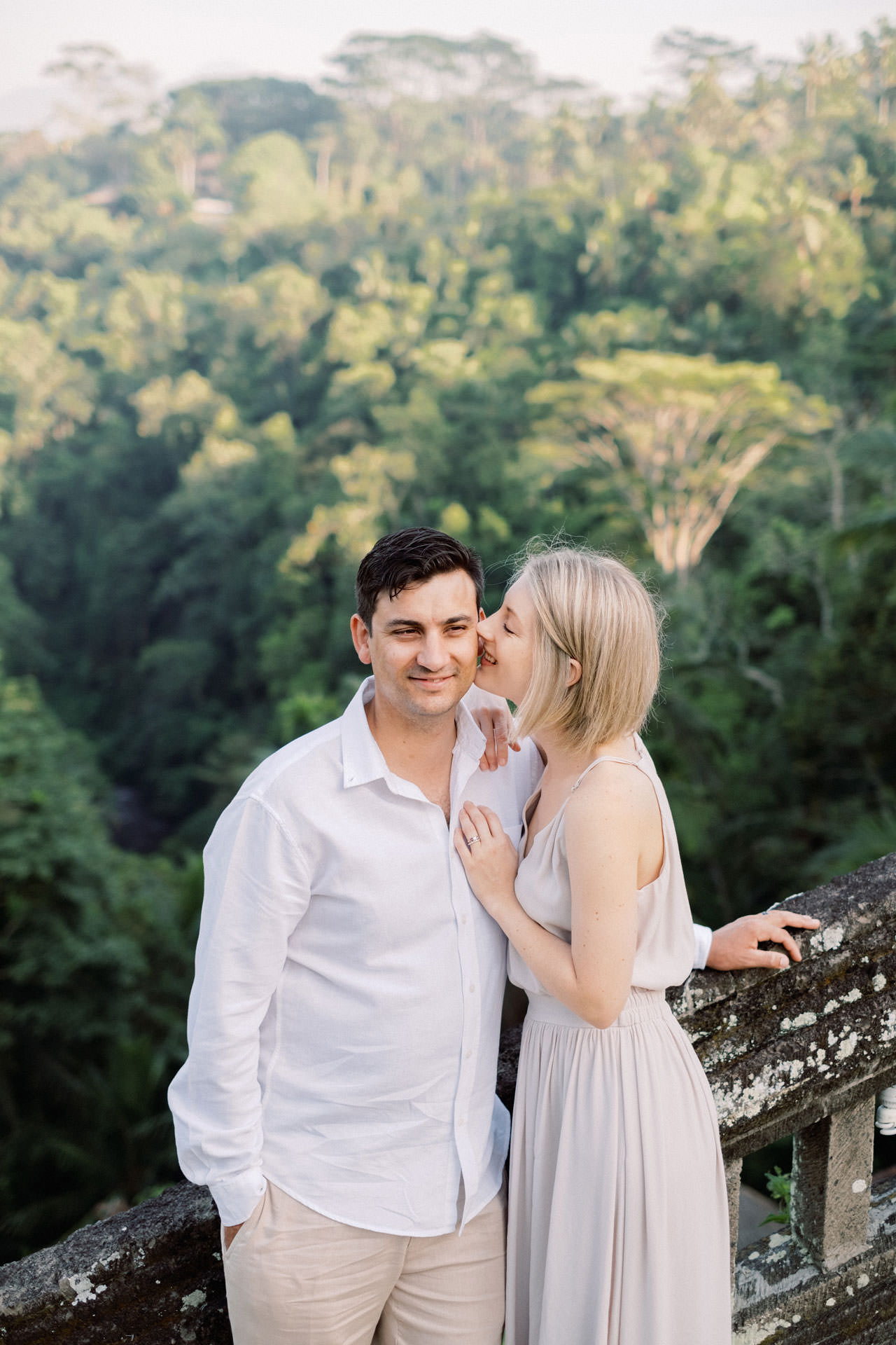 A&R: Dreamy Ubud Resort Honeymoon Photoshoot 15
