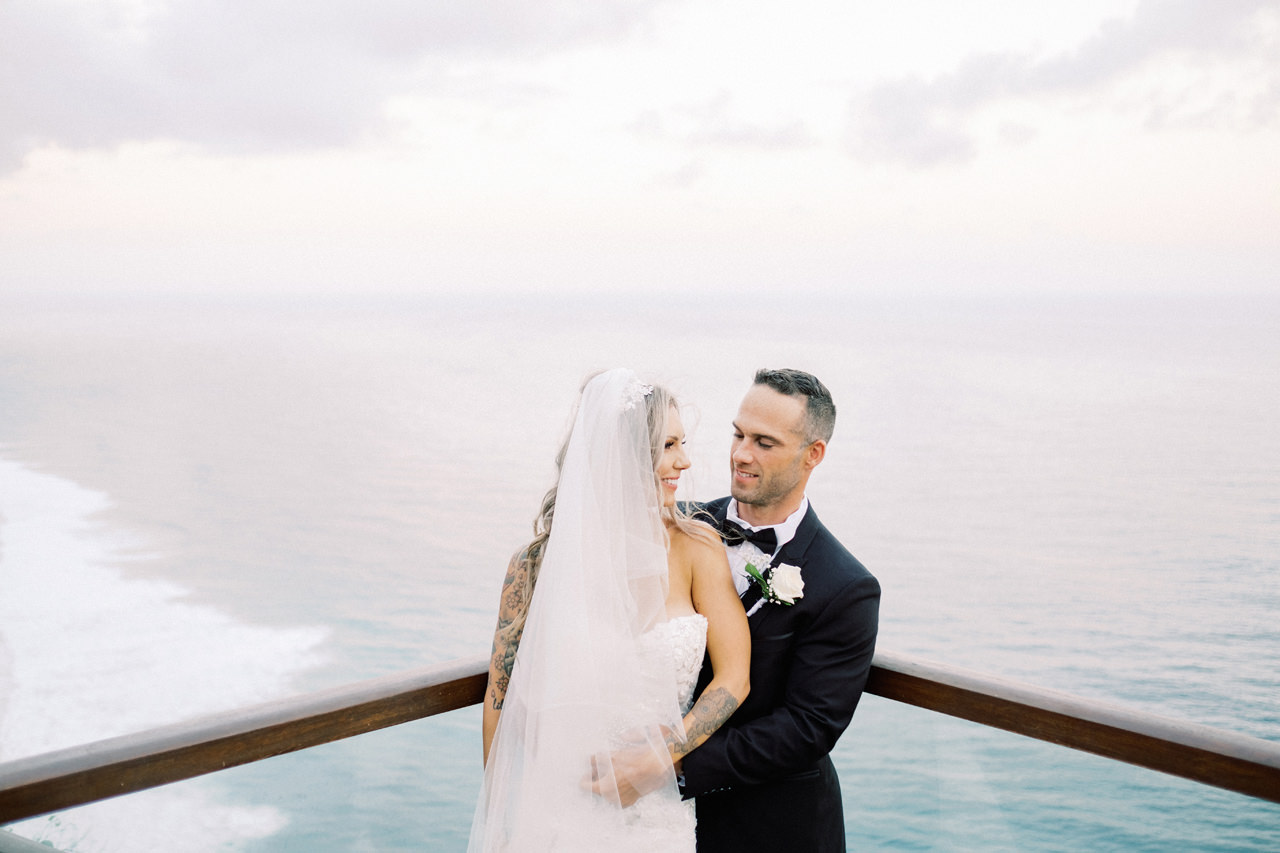 B&J: The Edge Uluwatu Bali Wedding 26