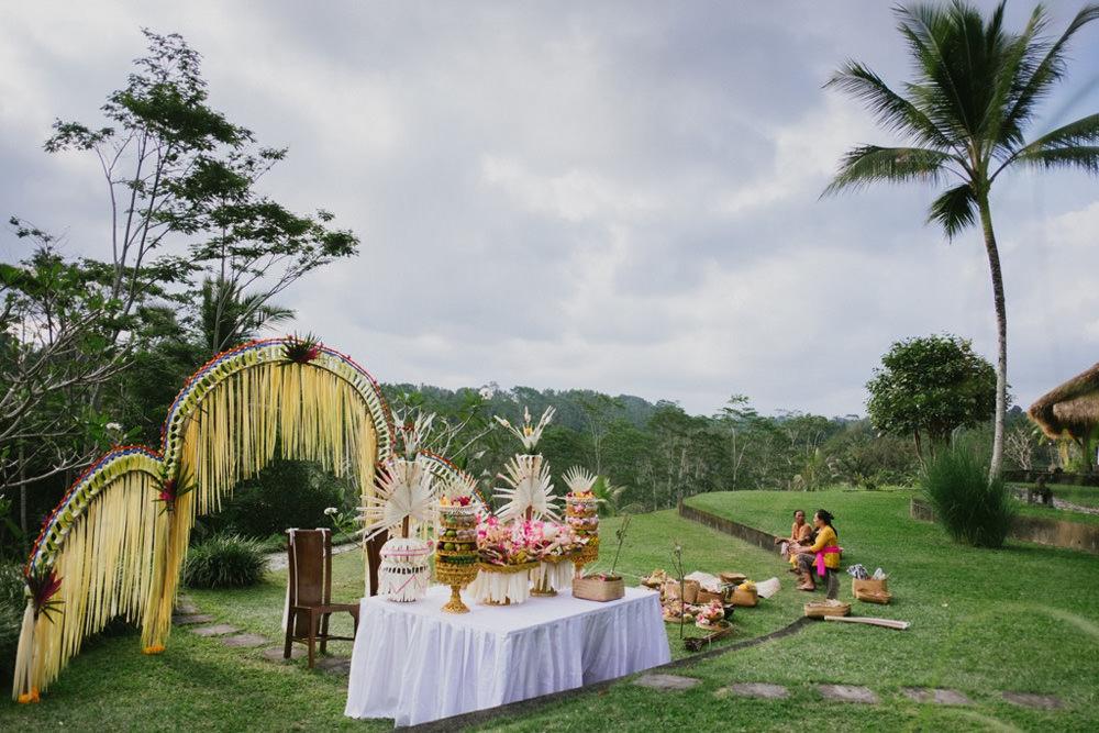 Cliff & Biana Traditional Bali Wedding 14