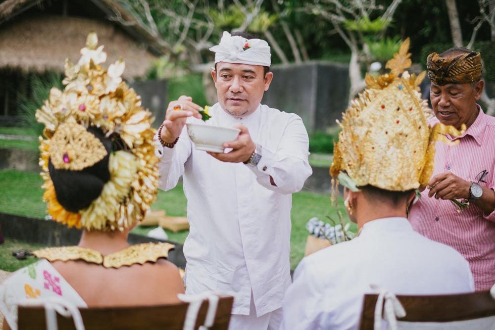 Cliff & Biana Traditional Bali Wedding 32
