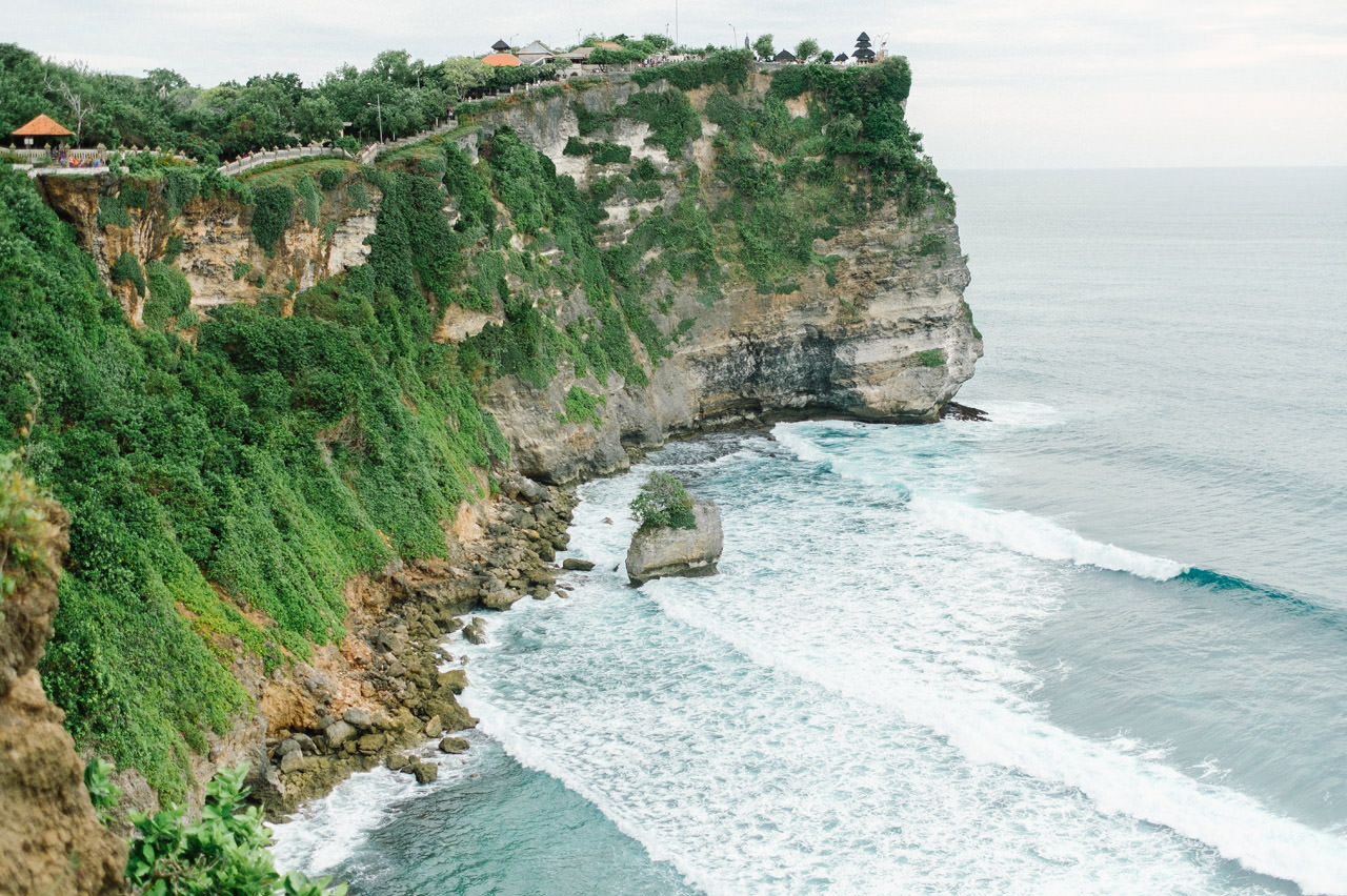 C&D: Honeymoon Photography Uluwatu Beach Bali 6
