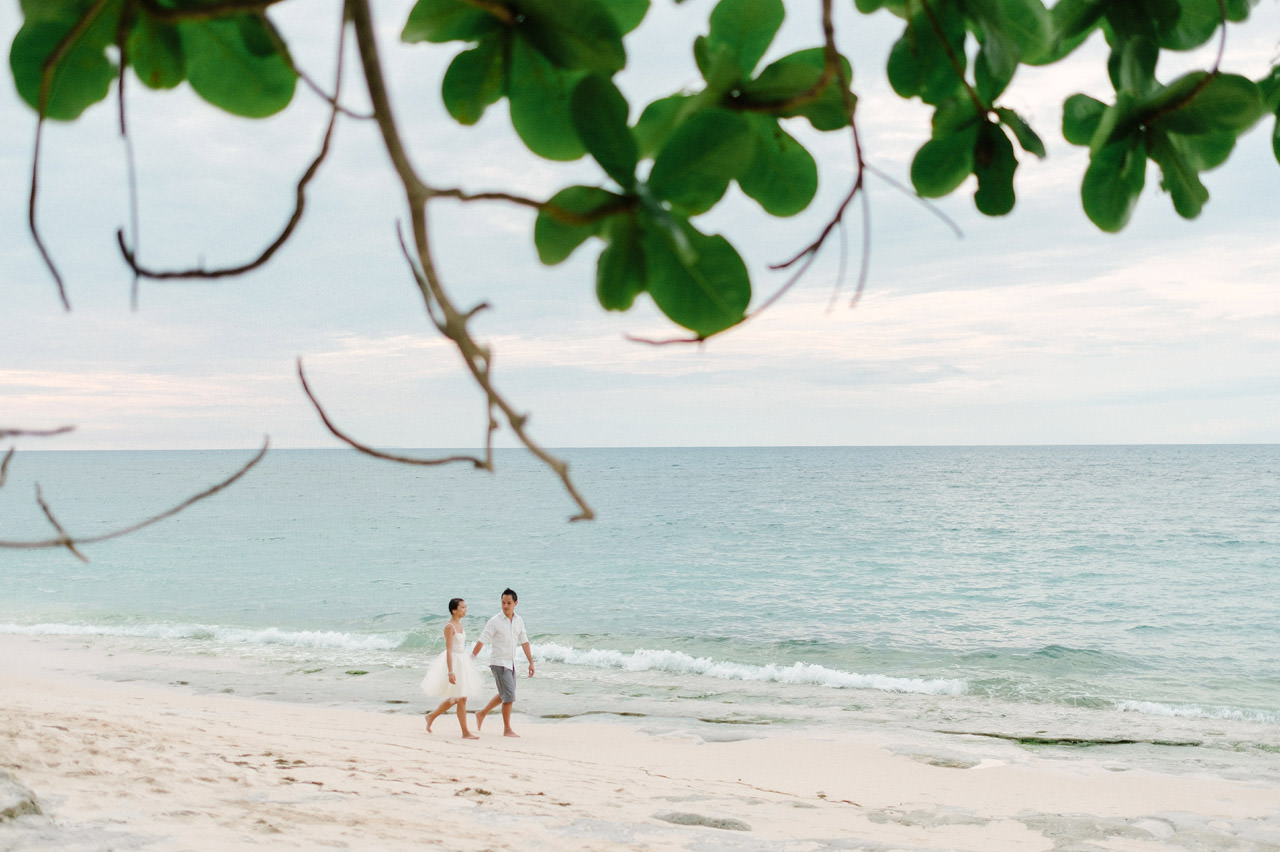 C&D: Honeymoon Photography Uluwatu Beach Bali 9