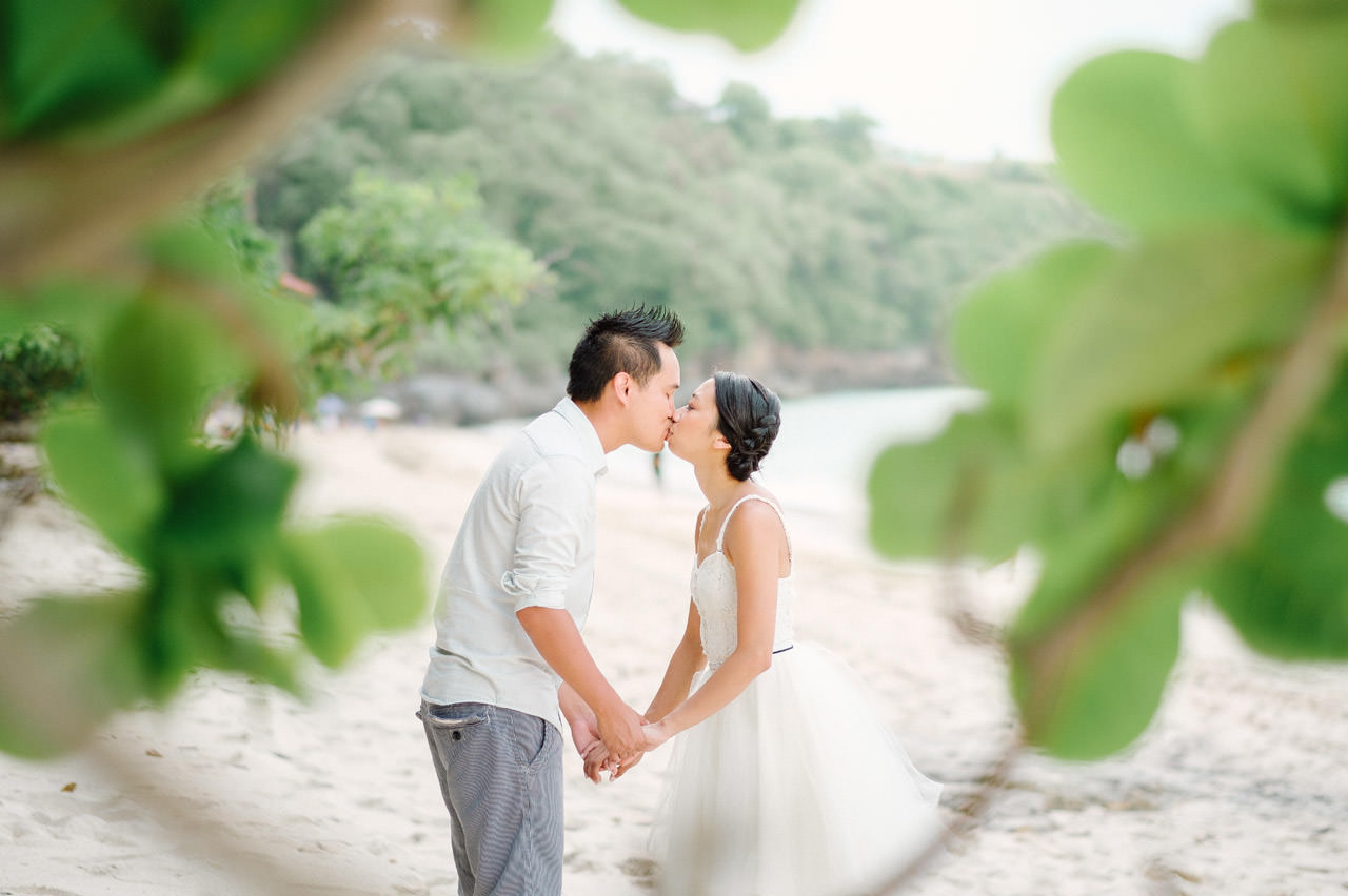 C&D: Honeymoon Photography Uluwatu Beach Bali 16