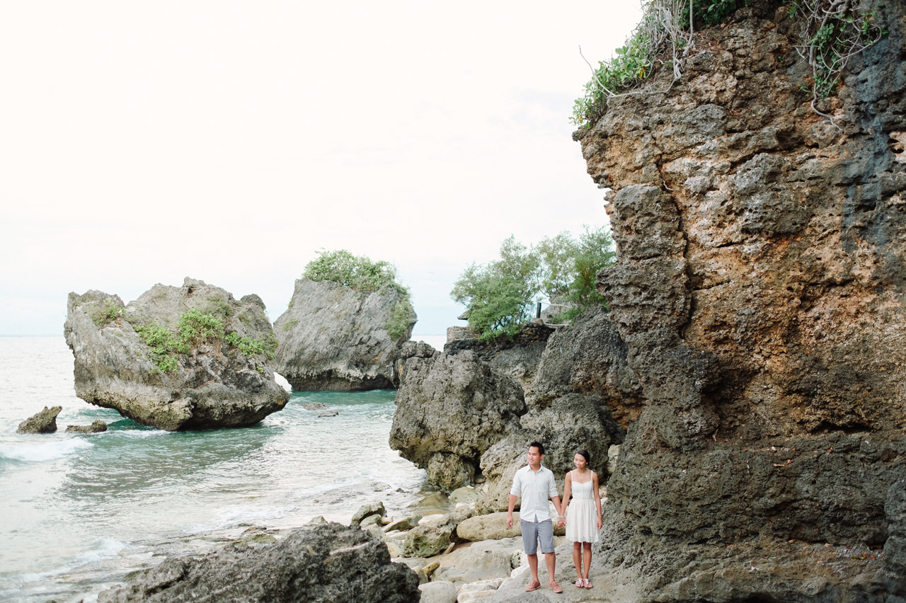 C&D: Honeymoon Photography Uluwatu Beach Bali 24