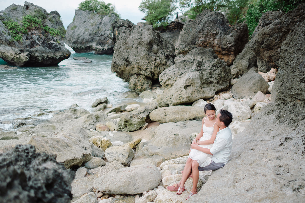 C&D: Honeymoon Photography Uluwatu Beach Bali 25