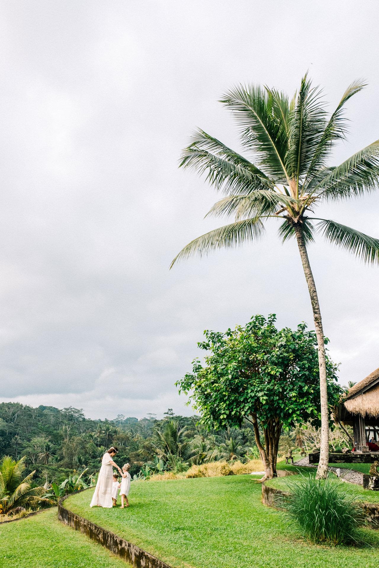 C&D: Ubud Bali Family Portrait 3