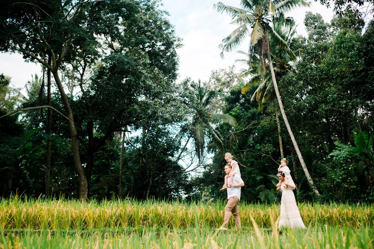 C&D: Ubud Bali Family Portrait 12