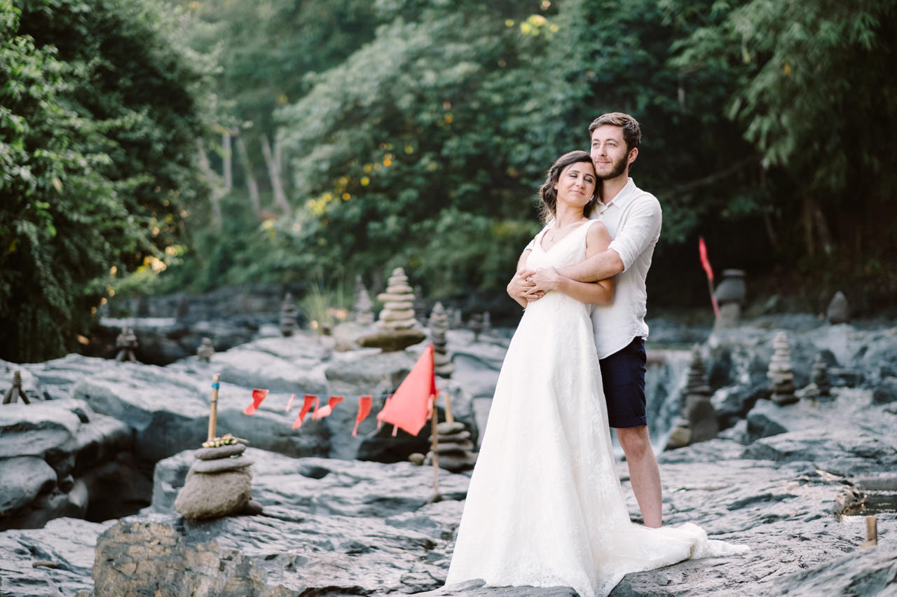 Caglar & Oguz: Tegenungan Waterfall Bali Honeymoon Shoot 5
