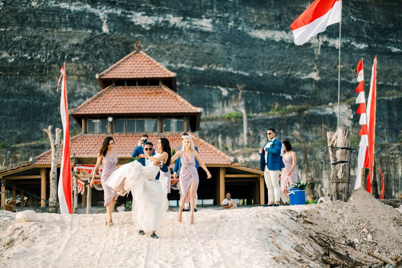 D&A: A Glamorous Villa Karang Putih Bali Wedding 30