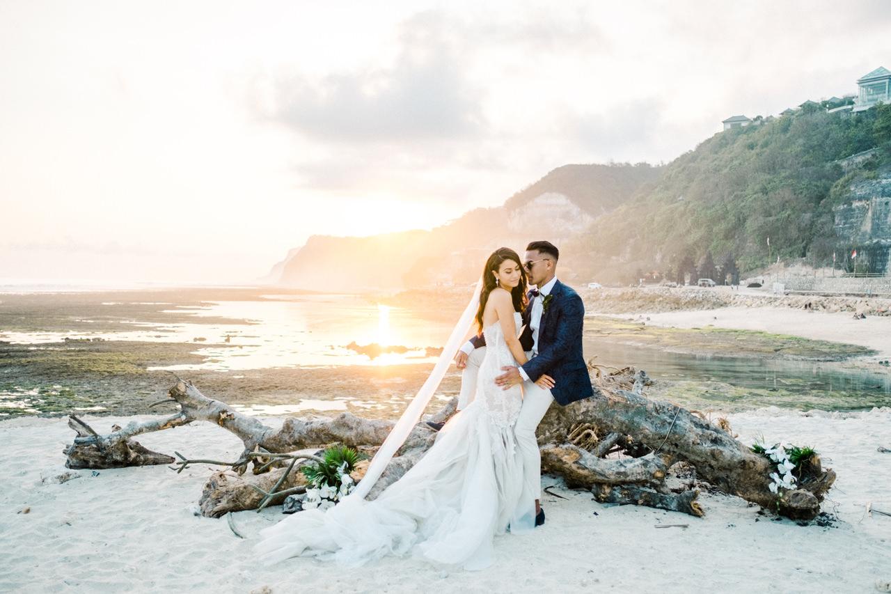 D&A: A Glamorous Villa Karang Putih Bali Wedding 38
