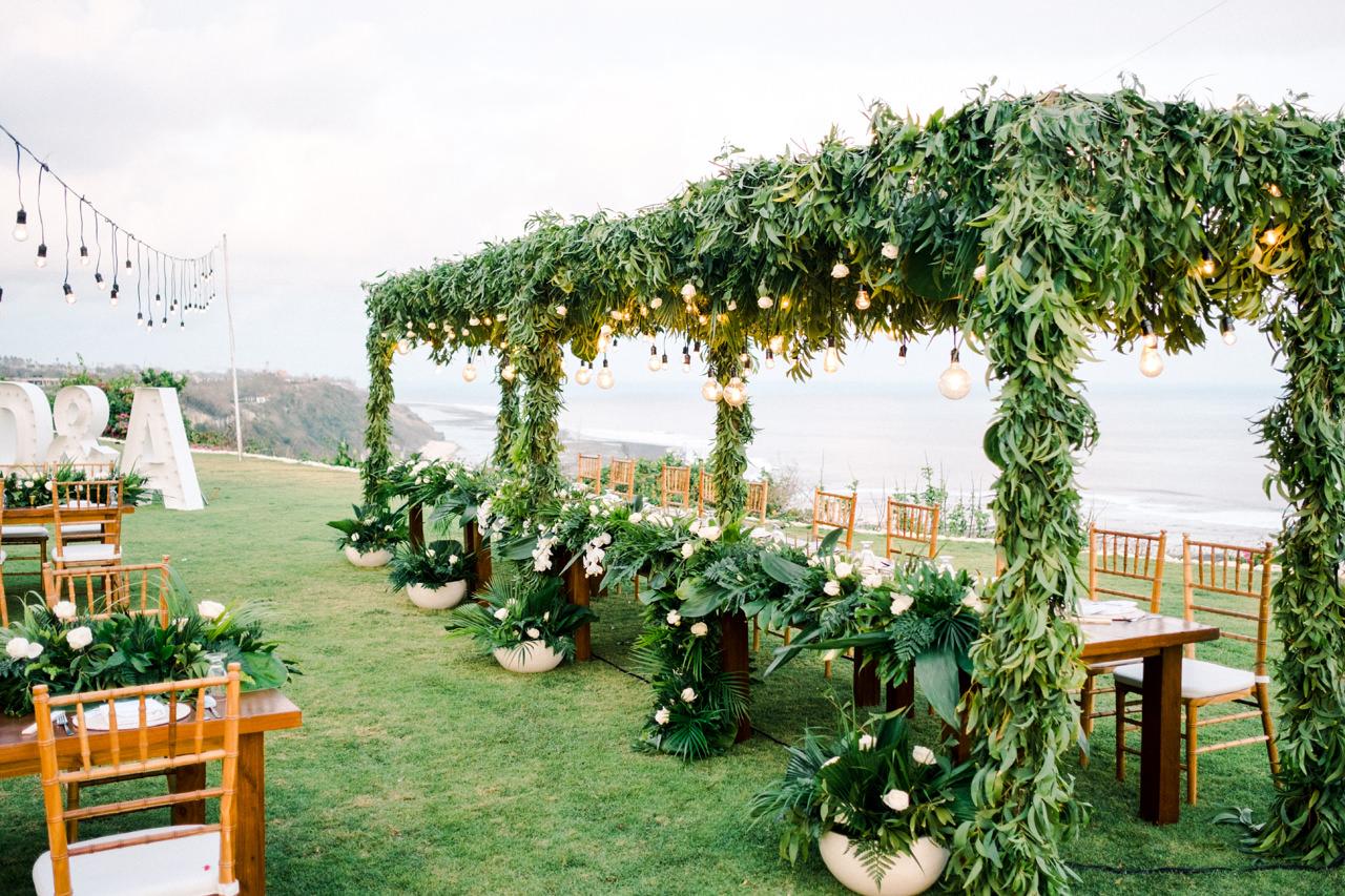 D&A: A Glamorous Villa Karang Putih Bali Wedding 44