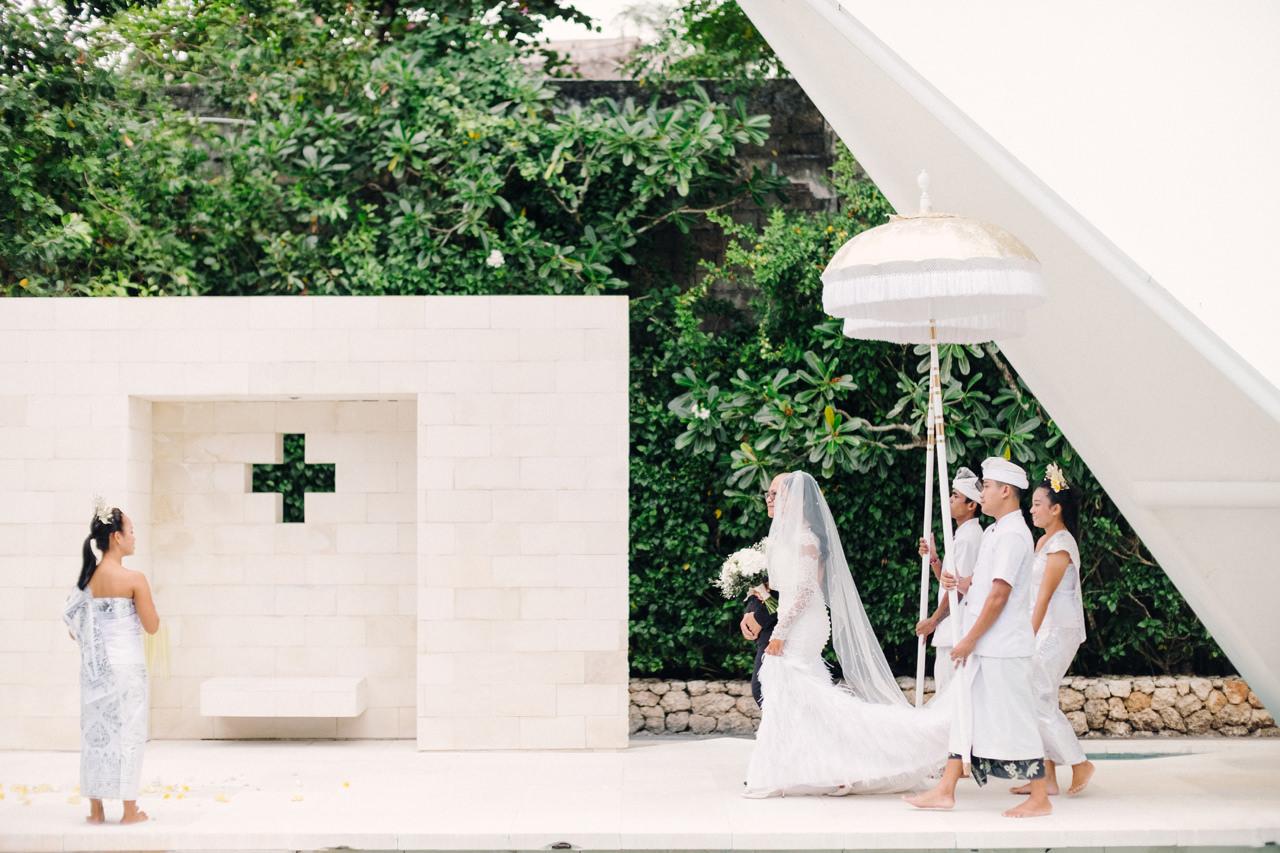 D&R: Luxury Bali Wedding Reception at The Glass House by Tirtha 11