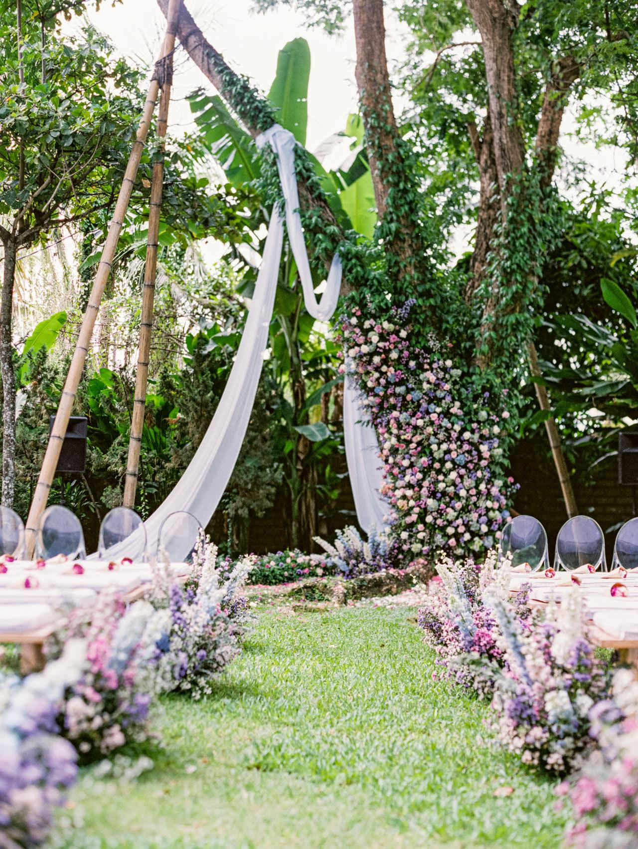 Whimsical Bali Forest Wedding at Puri Nirwana  14