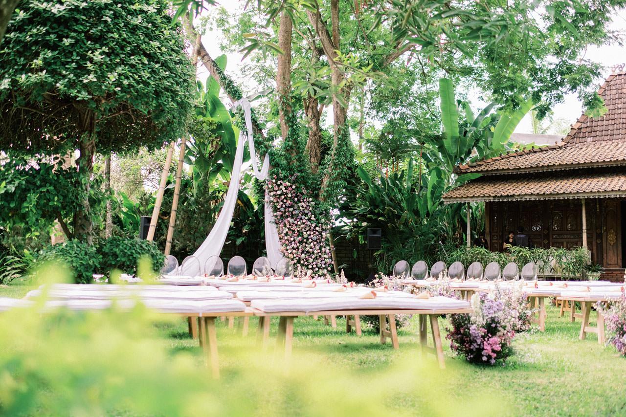 Whimsical Bali Forest Wedding at Puri Nirwana  20