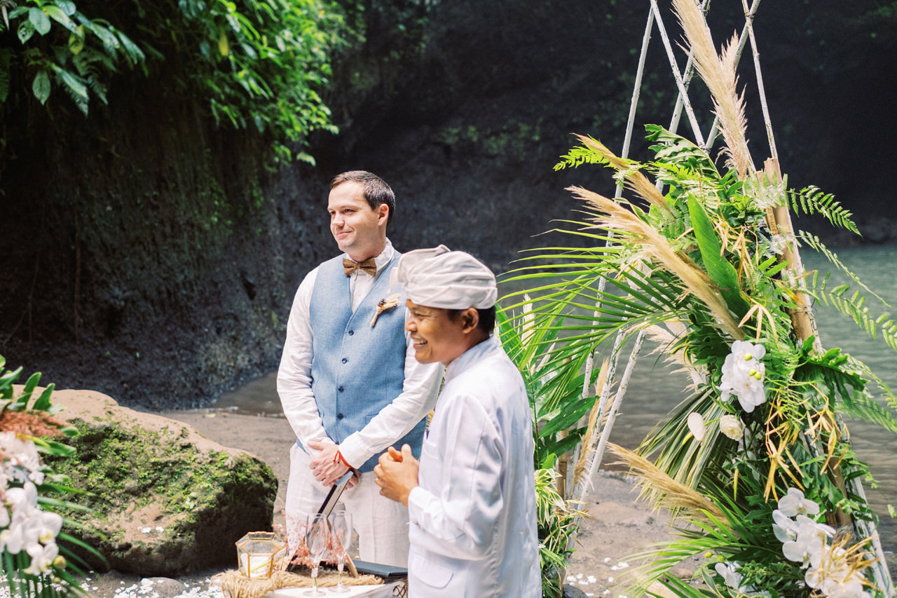 E&D: Tibumana Waterfall Bali Elopement 14