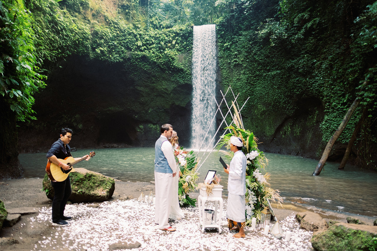 E&D: Tibumana Waterfall Bali Elopement 18
