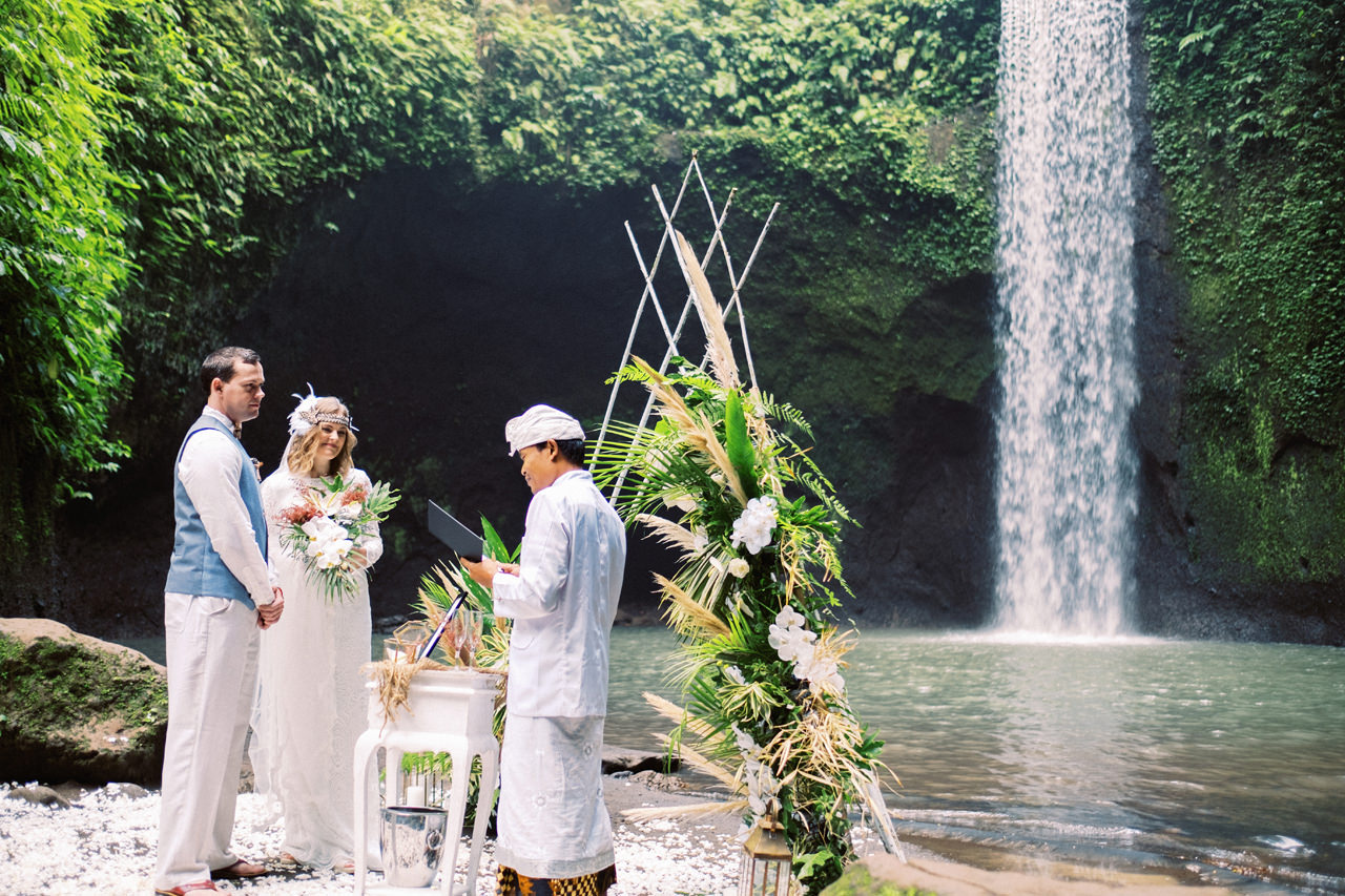 E&D: Tibumana Waterfall Bali Elopement 19